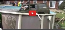 jeep contre piscine tubulaire