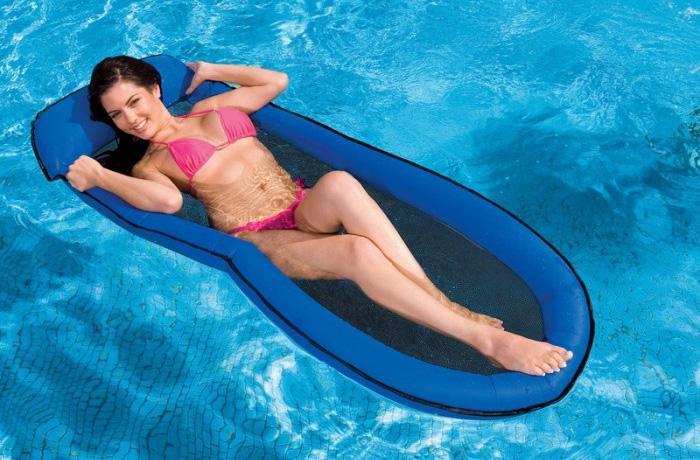 matelas-piscine-intex