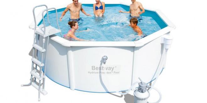 Avantages et inconv nients d une piscine hors sol acier for Piscines autoportees